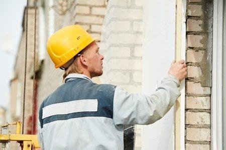 外壁の補強や耐震パネルの取り付け