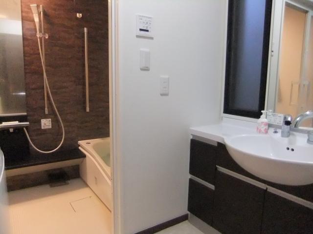 洗面所とお風呂の一括リフォーム