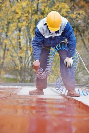 屋根リフォーム工事の種類