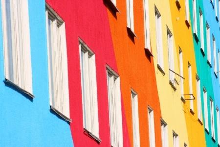 外壁塗装で色を変えて大失敗!事例からわかる色選びの間違いとは