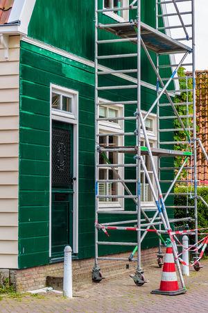 外壁塗装を定期的に行う理由