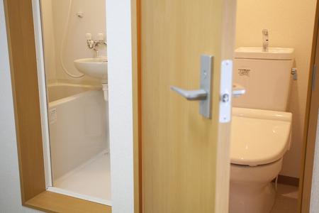 リフォームするタイミング、お風呂とトイレは別の方が便利?それとも一緒がお得?