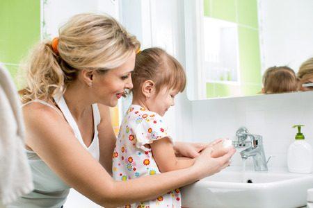リフォームして洗面所を新しくする費用はいくら?マンションの事例をご紹介!