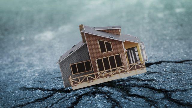 地震による家の被害のイメージ
